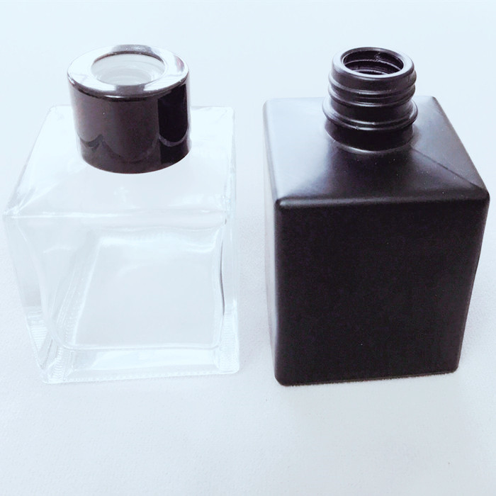 Frosted Black Glass Diffuser Bottle