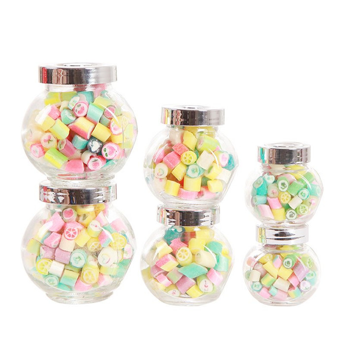 Flat glass jar with screw lid