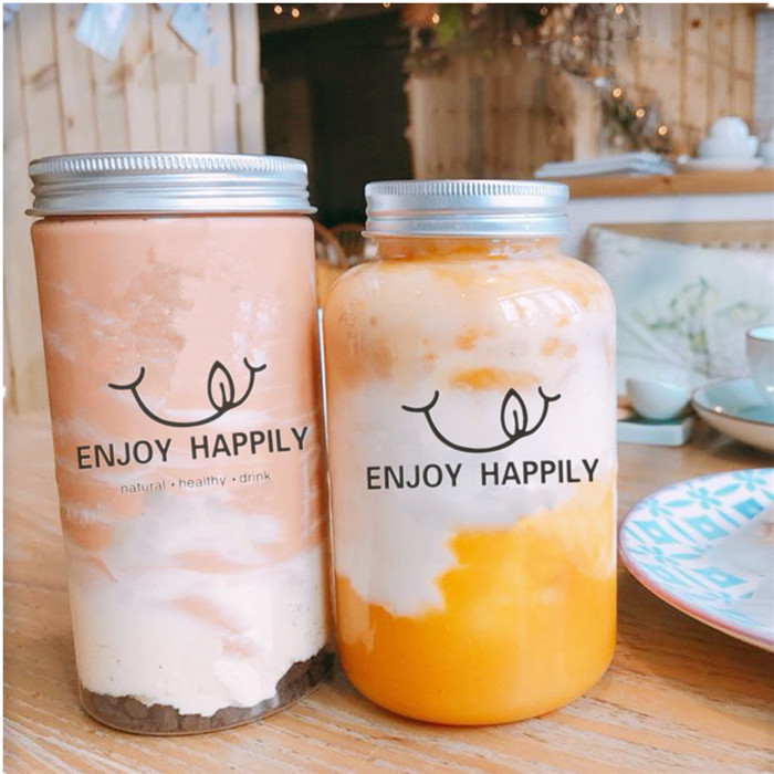500ml Wide mouth glass jar with straw