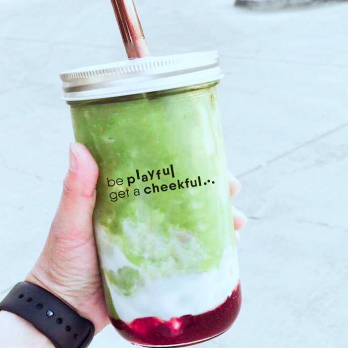 Reusable boba tea glass cups with straw