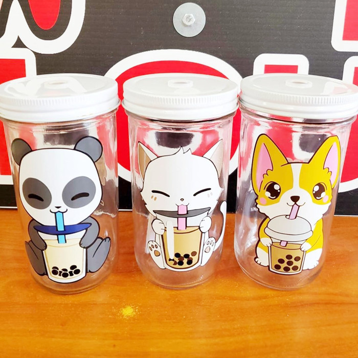 Bubble tea reusable glass cups with straw